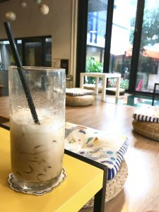 iced coffee in librarista coffee ship chiang mai thailand