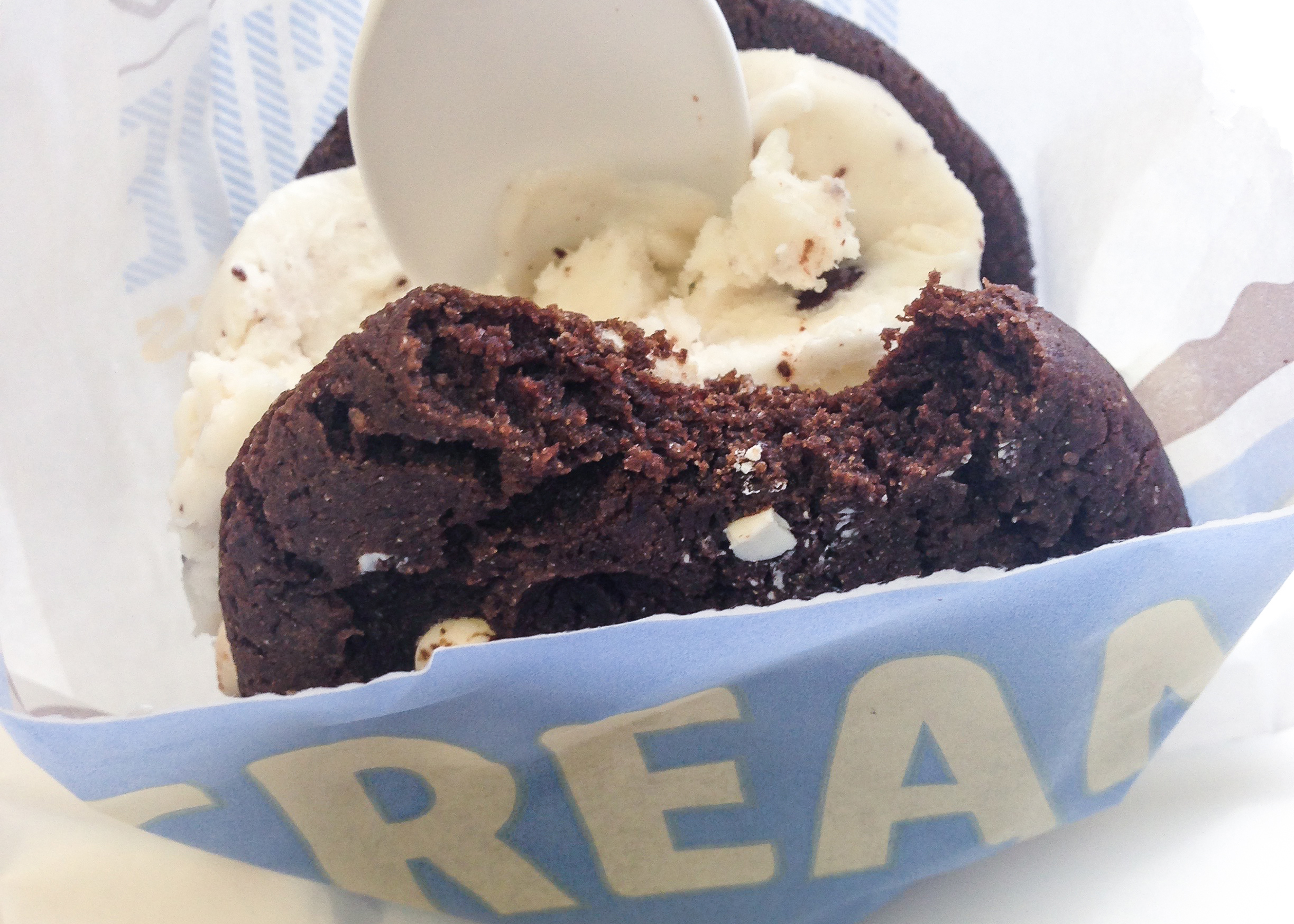 cream makes made to order icecream sandwiches in the mission district san francisco with vegan and gluten free options